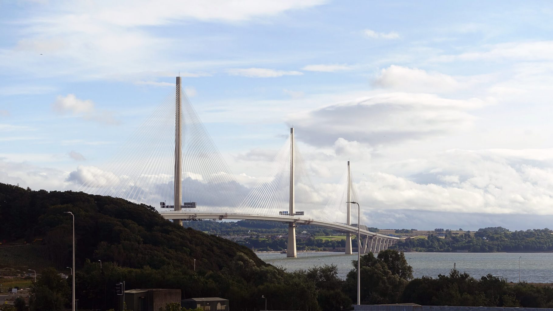 Forth Road Bridge, Queensferry
