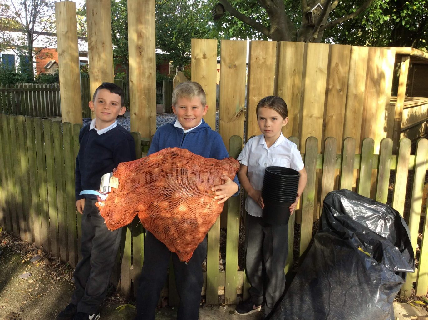 Helping local primary schools bloom