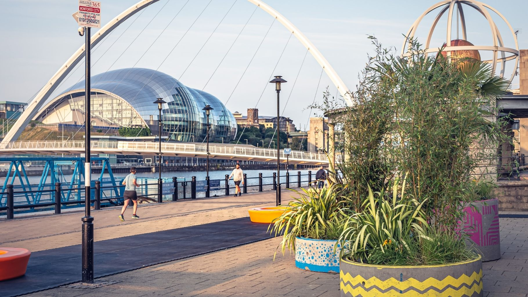 Summer in the City. Quayside